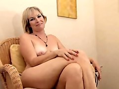 Realy fantastic mature Stefanie from 1fuckdatecom