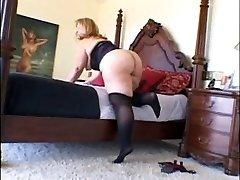 Mature PLUMPER Enjoys Black Cock