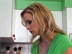 maria mature boinking anal