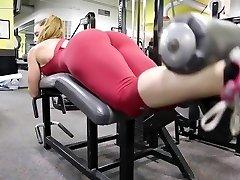 Fitness hot ass red-hot cameltoe 80
