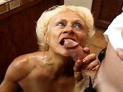 Threeway granny double penetration