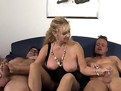 XXX Omas - German mature gets screwed hard in 3 way
