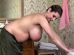 Natural tits pregnant fucky-fucky with cumshot