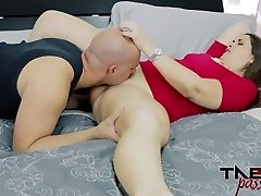 Madisin Lee in Mommy's Odorous Pussy