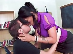 Super-steamy Mature Teacher Seduce Her Student