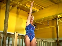 LUXURIOUS milf on leotard and cameltoe hot