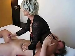 Milf gives handjob and receives bj