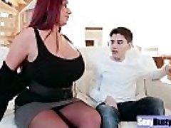 (Emma Bootie) Round Big Tits Mummy Enjoy Hard Sex movie-19