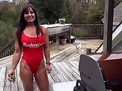 bathing suit steaming 34(milf)