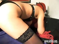 Amateur wife fisted in her loose vulva