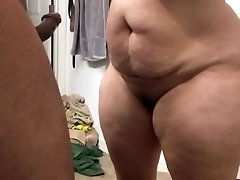 Super xxl milf sucking cock
