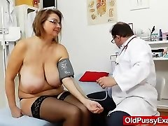 Drahuse gyno flick check-up