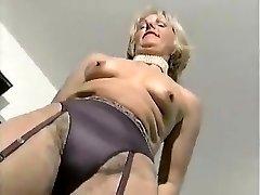 MATURE FASHIONABLE LADY 2