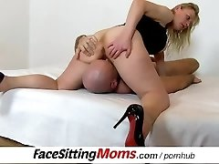 Czech housewife Gabina fur pie licking and facesitting ftv