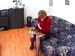 Grannie in Glasses and Tights Loves a Fuck