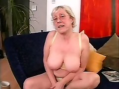 Grannie in Glasses Loves to Fuck