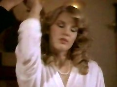 Retro guy bonks hawt blonde Shauna Grant in bed