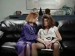 Retro Office Lesbid
