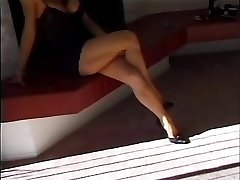 classical brunette humped facial