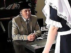 STP1 Magnificent Teenager Maid wurde zum Ficken gemacht!