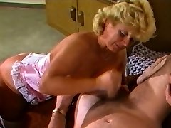 Amateure Movie - Mature Couple - Retro 80's