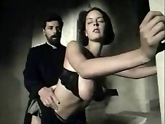 Italian vintage scene with a huge-titted babe getting facial cumshot