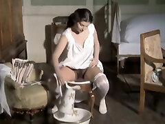 Al di la del bene e del male (1977) Dominique Sanda, Nicoletta Machiavelli, Ritza Chocolate-colored