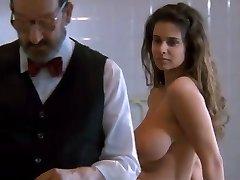 1.Debora Caprioglio paprika scene examen docteur