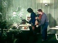 german vintage assfuck clip - secretary gets booty-fucked