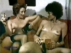 Peepshow Loops 203 70's and 80's - Scene 3