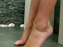 main course butt side dish feet