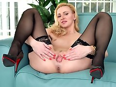 Torrid milf masturbating in black stocking