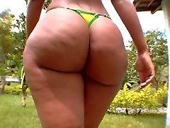 Luana Humungous Mexican