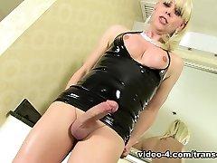 Joanna Jet She-Cougar Solo - TransErotica