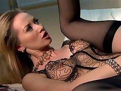 Nurse seduce and pulverize patient