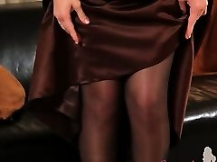Dark-hued tights and ultra hot stocking