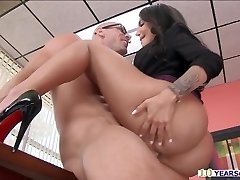 Big bum Leyla gets busted while gently rubbing her pussy inside office