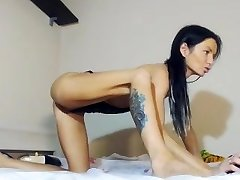 Hot Squirty Goddess on Cam