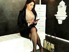Valentina Nappi gets WAM with mass ejaculation spunk