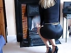 BRITISH WIFEY - saf