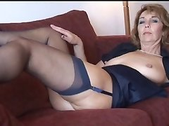 Woman Shows All 92