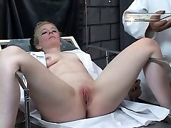 Submissive platinum-blonde gets her clit pumped by wild master