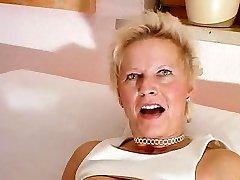 geile reife blondie kurzhaarsau
