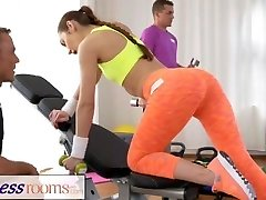 FitnessRooms Nubile babe gets penetrated after her sweaty workout
