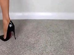 Female Domination NUDE FEET IN HIGH High-heeled Slippers - saf