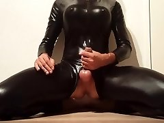 Jerk in Latex