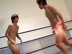 gays wrestling game