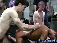 Amateur pledges lubricant wrestling