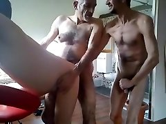 HAIRY MEN 3SOME FOR 2 SLUTS