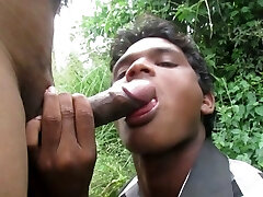 A indian guy suck my penis